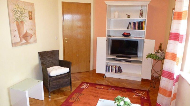 ferienwohnung b. Black Bedroom Furniture Sets. Home Design Ideas